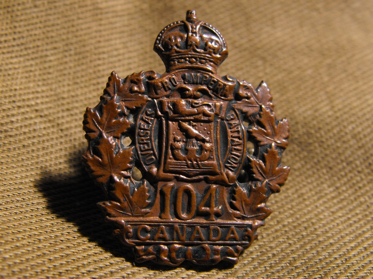 104th Bn Collar Badge