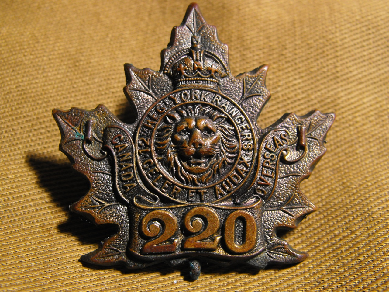 220th Bn. York Rangers Cap Badge